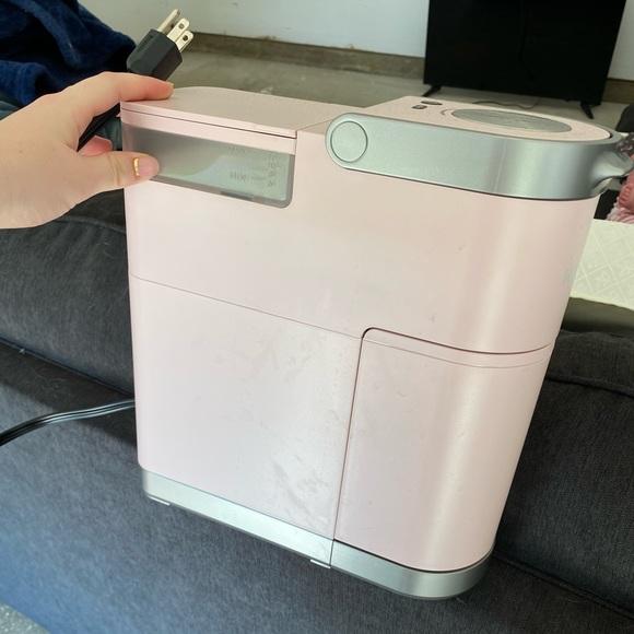 Pink keurig. Works perfect!